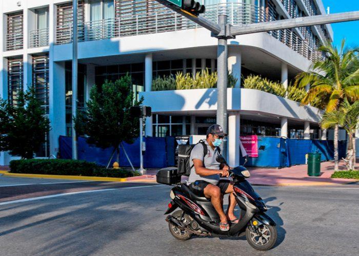 Confinamiento en sus hogares por 30 días en Florida