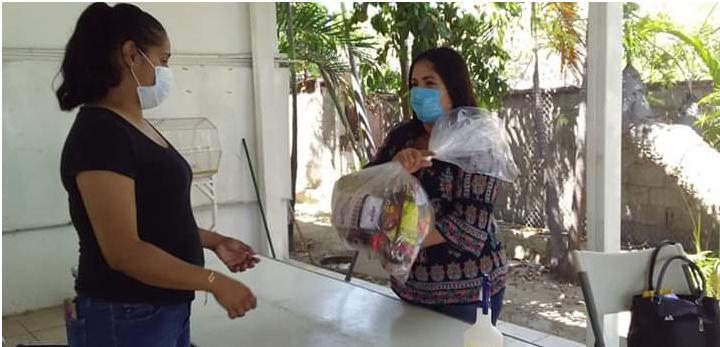 Seguirán la entrega de despensas a personas más vulnerables en el municipio