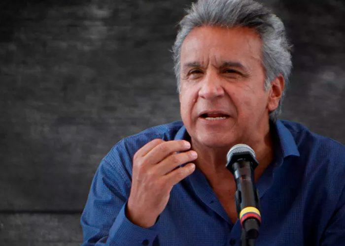 Presidente de Ecuador anuncia reducción de sueldos a autoridades