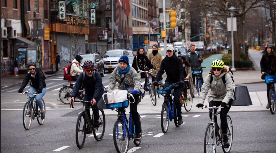 La bicicleta un salvavidas para NY en momento de pandemia