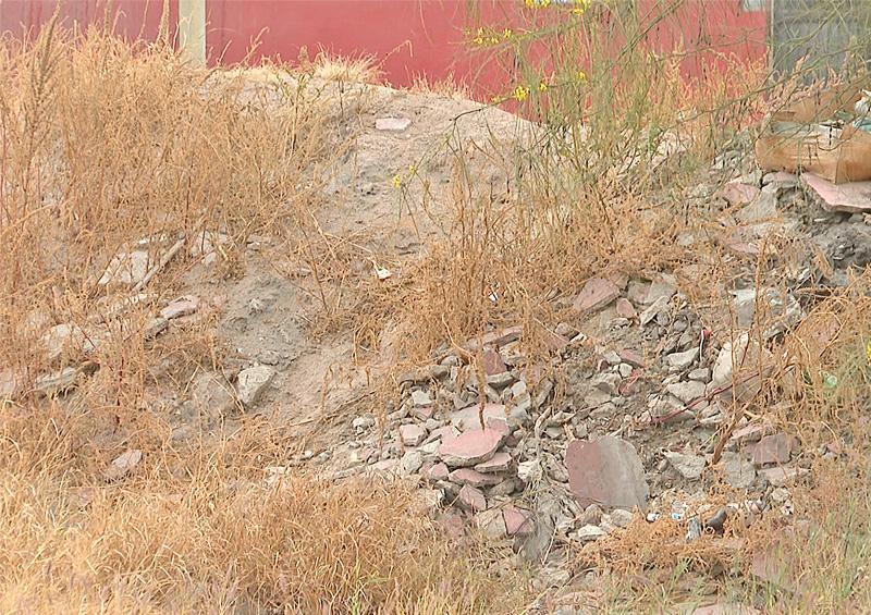 Se intensifica depósito de basura  en bordo de contención de La Paz