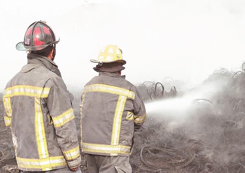Casi sofocado en su totalidad incendio en el basurero