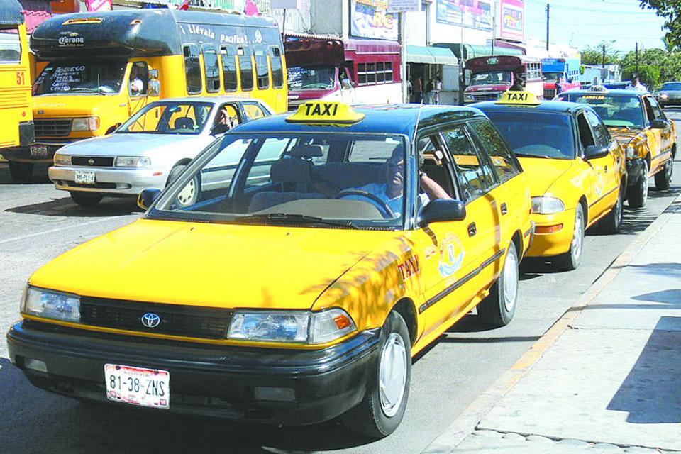Investigan incremento de 3 pesos en tarifa del transporte en La Paz