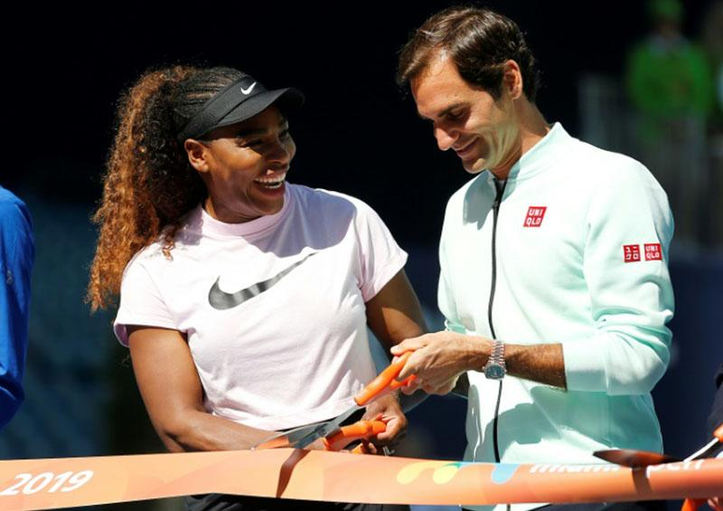 Director de WTA apoya propuesta de Federer de fusión con ATP