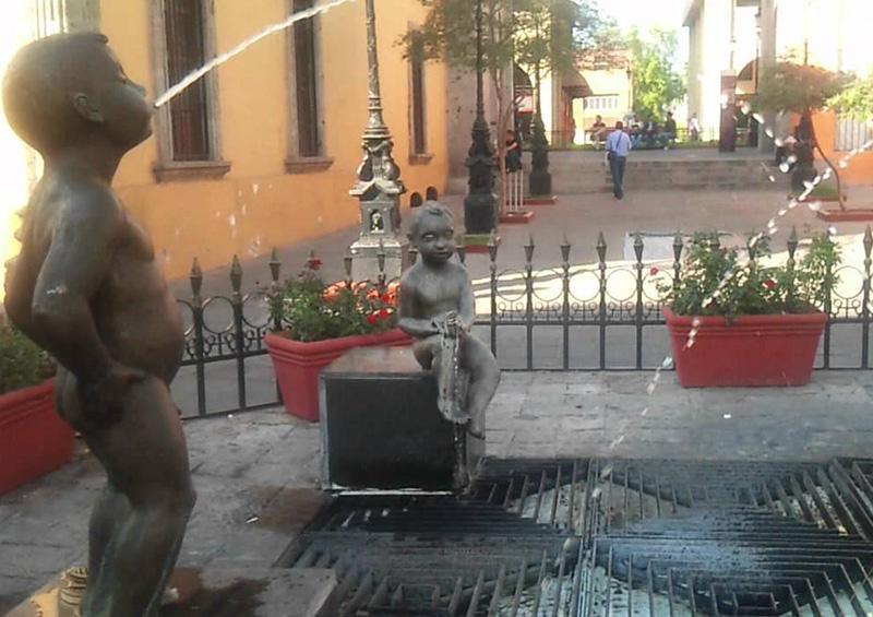 Recuperan escultura robada en Guadalajara