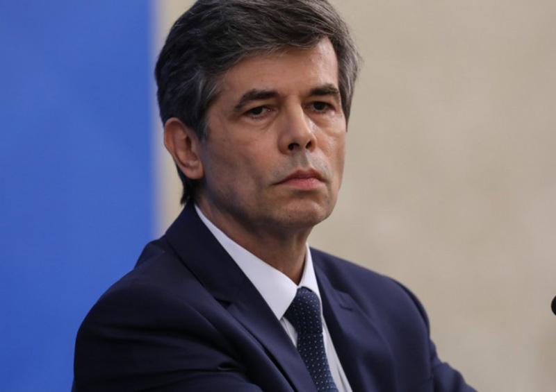 Renuncia ministro de Salud brasileño a pocas semanas de asumir cargo