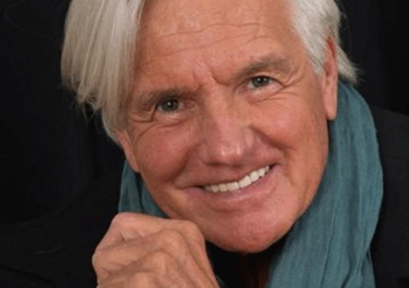 Fallece Sergio Denis a los 71 años, tras caer de un escenario