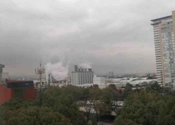 ¿Habemus cerveza? Se hace viral foto de humo blanco en la planta de Grupo Modelo