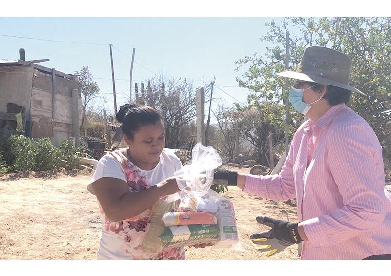 Apoya Gobierno de Los Cabos más de 9 mil personas con despensas y suministro de agua