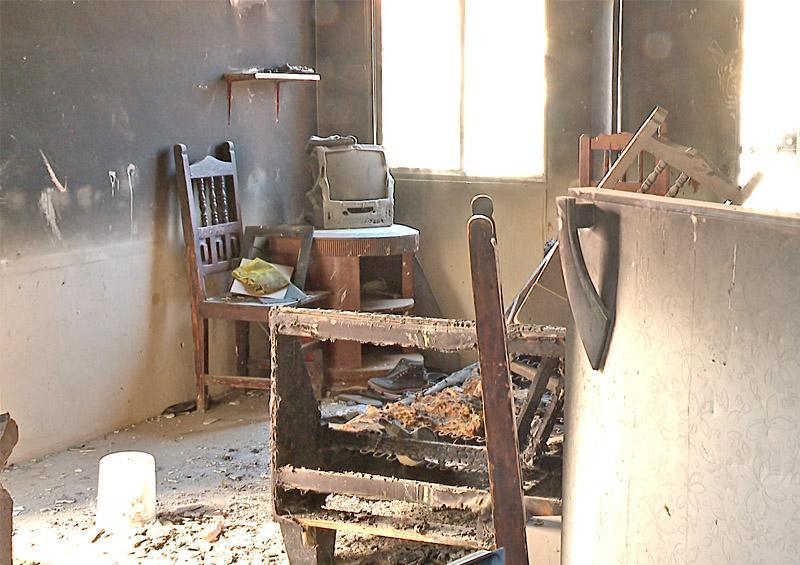 Familia sobrevive a incendio y pide ayuda para poder retomar su vida