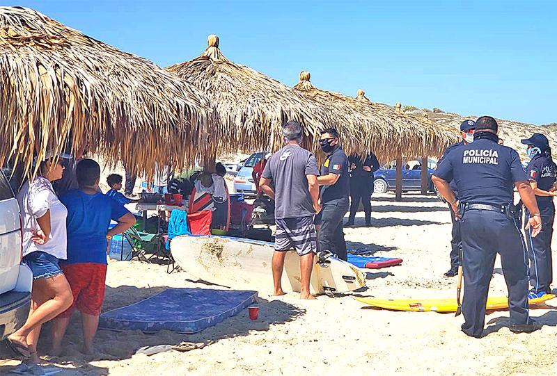 Retiran a 150 personas de 3 playas ante contingencia