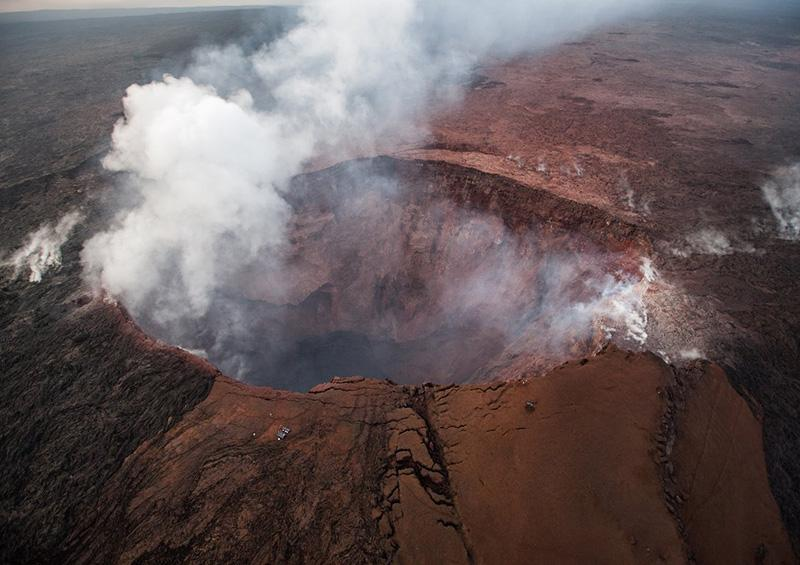 Descubre la NASA lago de agua en el volcán Kilauea, en Hawai
