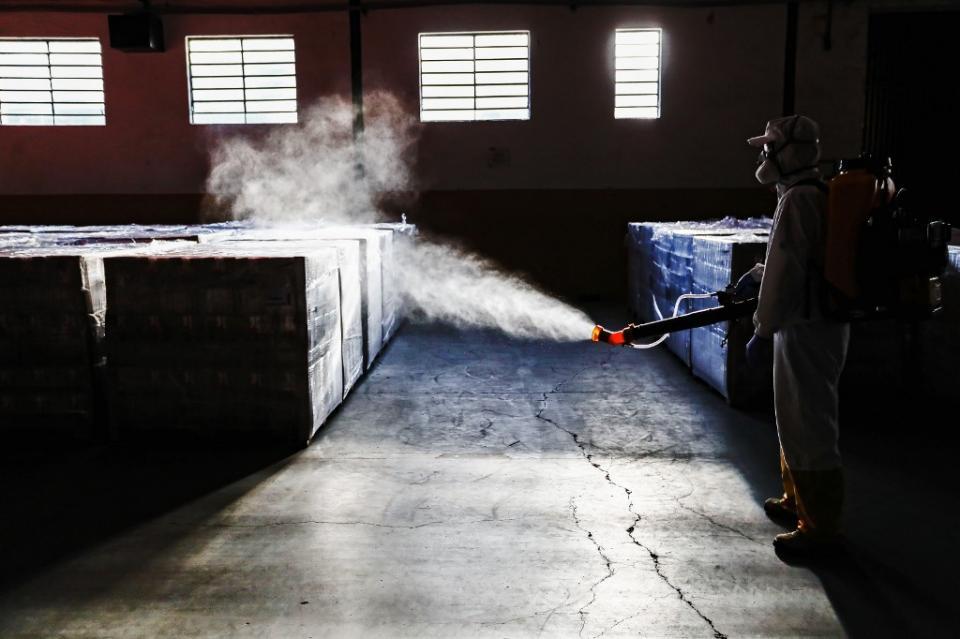 Alarmante: Brasil registra 54 mil casos de COVID-19 en un día