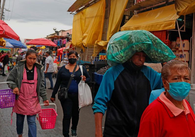 Pandemia derrumba PIB de México al peor registro de su historia