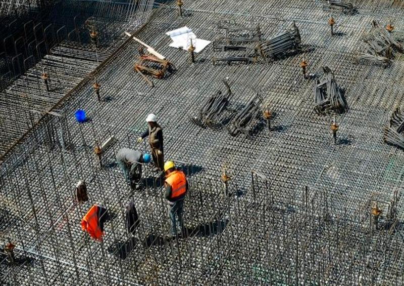 Desplome récord de producción y empleo en constructoras