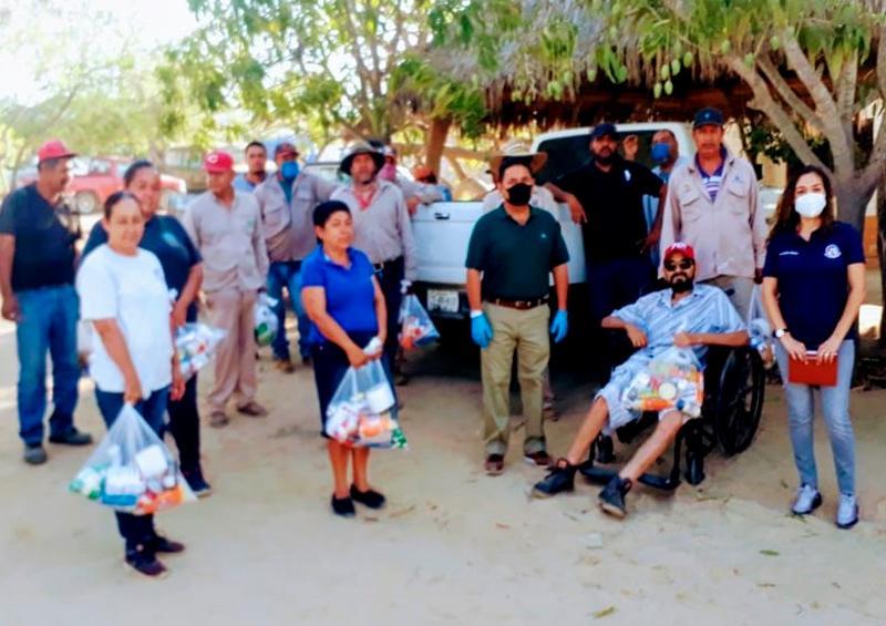 Brindan apoyos alimenticios a sindicalizados de Miraflores