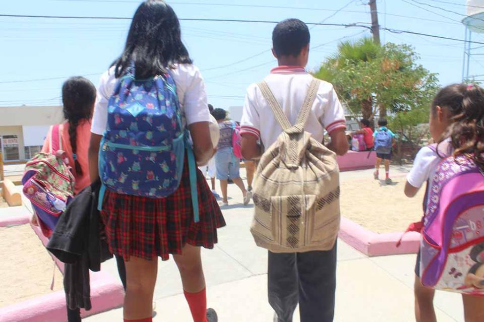 Evaluando propuestas para ciclo escolar: Asociación de Padres BCS