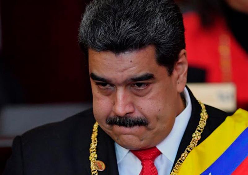 Maduro anuncia disponibilidad de someter su cargo a referéndum