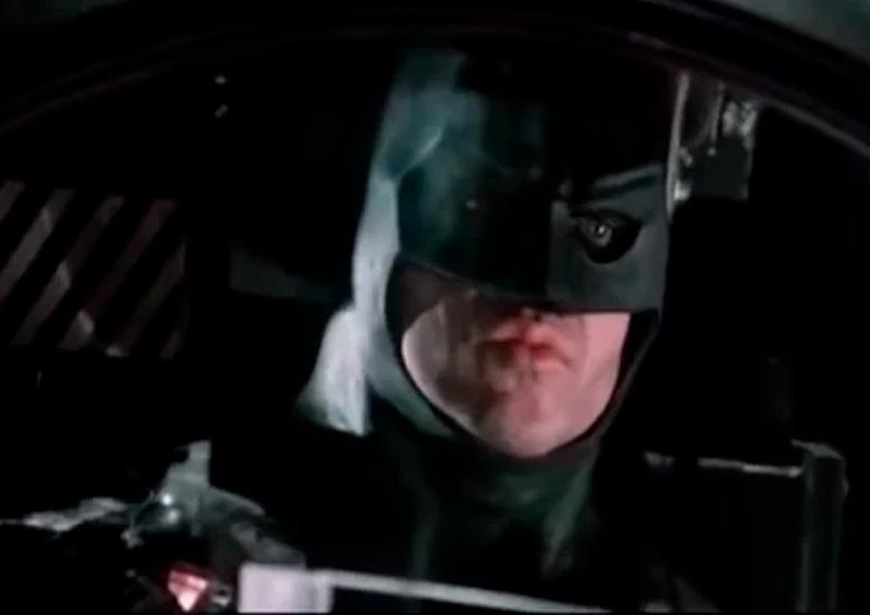 "Michael Keaton negocia para ser Batman en la película ""The Flash"""