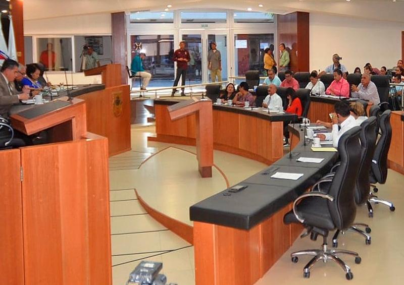 SCJN pide reintegrar a diputados suspendidos: Carlos Mendoza