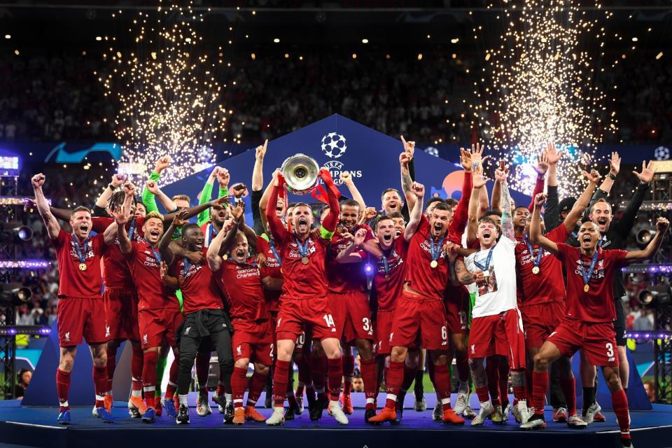 Jugadores se reunieron para celebrar el título de Premier League