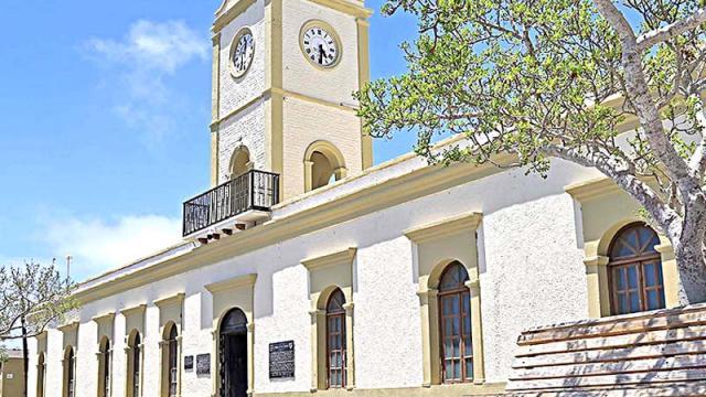 Ayuntamiento de Los Cabos hace frente a Covid-19 con la entrega de apoyos y pago de nómina sin pedir prestado