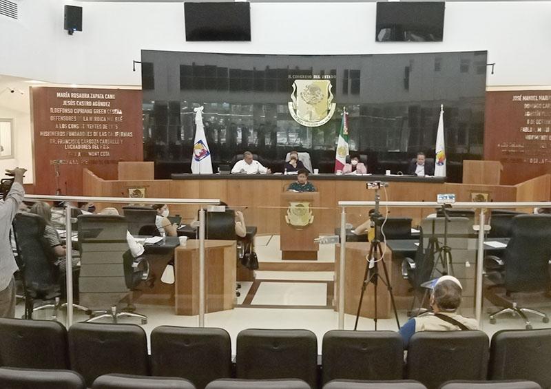 Sin mordidas ni agresiones sesionaron los 21 diputados