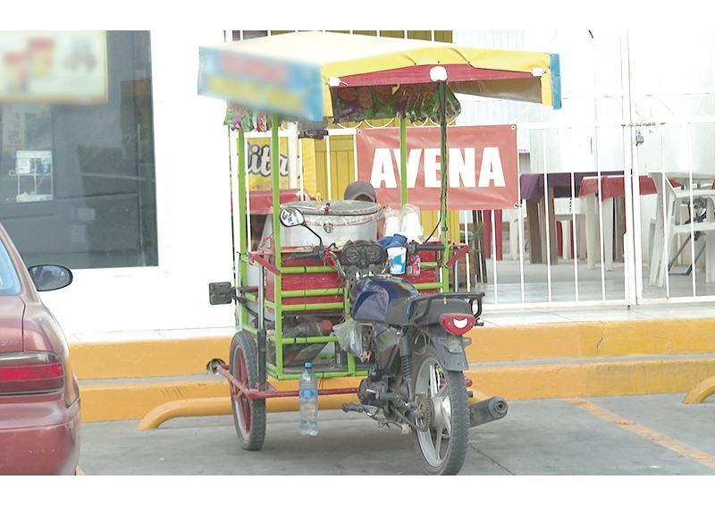 Comercio informal de alimentos puede operar solo con autorización de Coepris