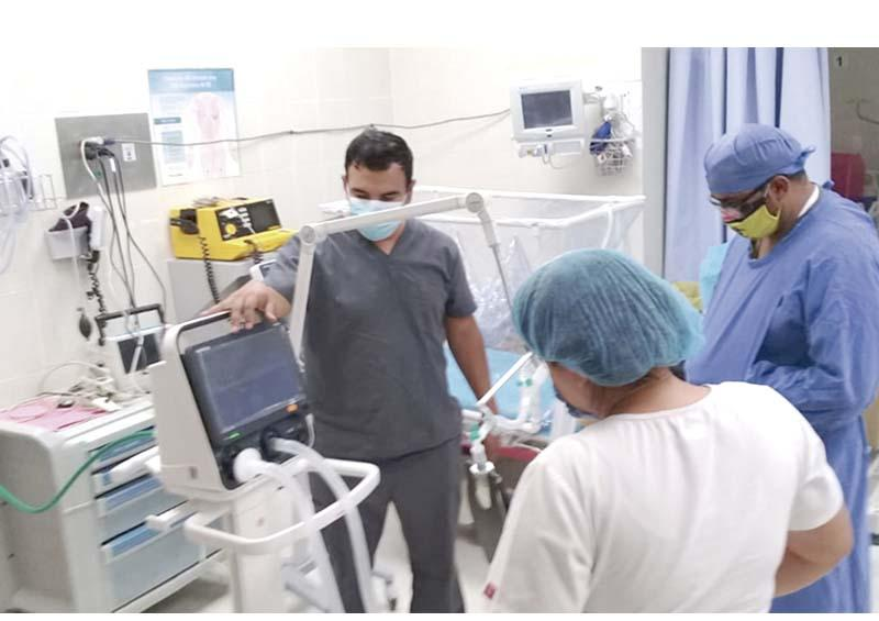 Capacitan sobre  uso de ventiladores al hospital  comunitario de Loreto