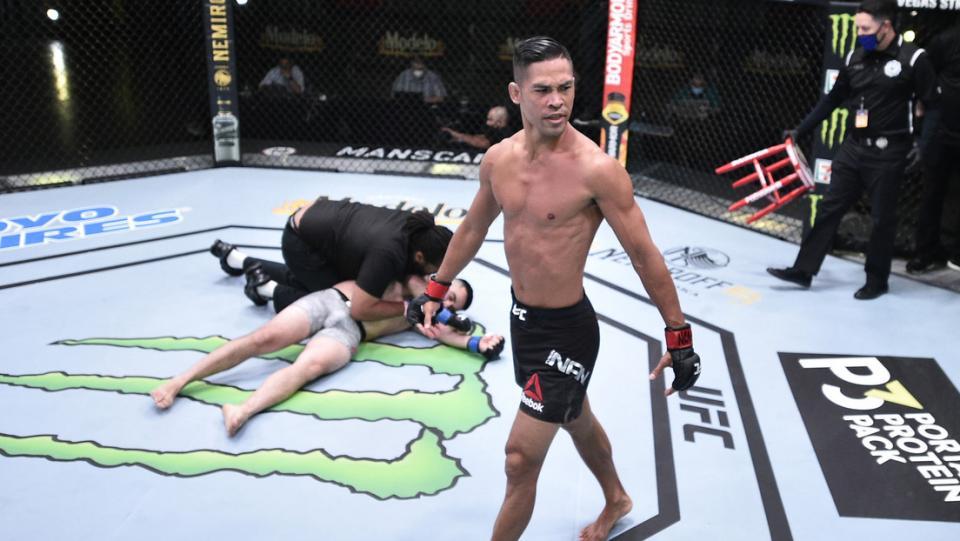 Evento de UFC sorprende con 3 nocauts en menos de un minuto