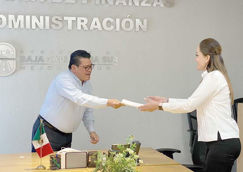 Nombran a titular del Registro Público de la Propiedad y del Comercio en La Paz