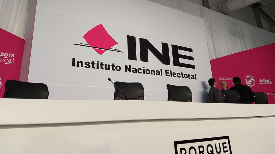 Mantener el control del INE, después el fraude