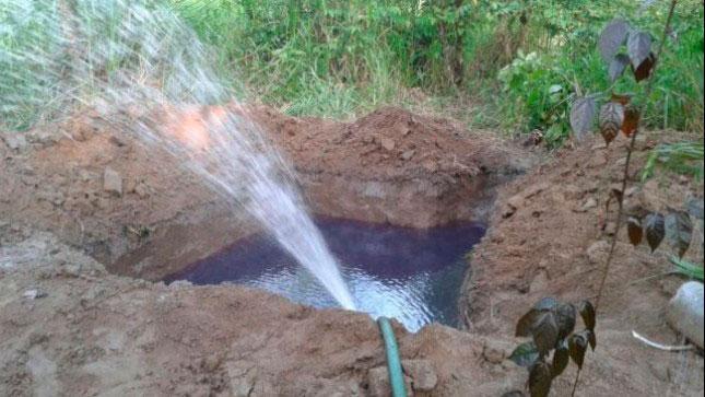 Denuncian robo recurrente de agua potable en San José Viejo