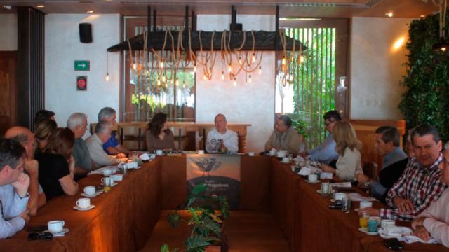 apoyo crucial del grupo Madrugadores de Los Cabos
