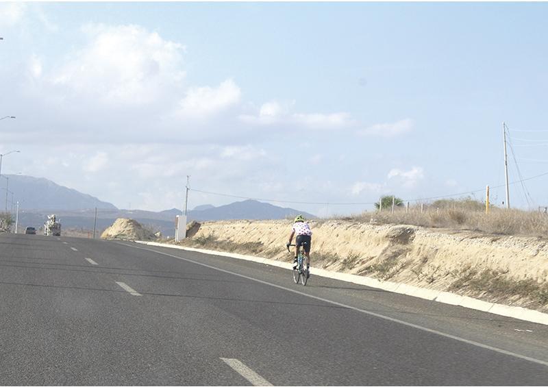 """""""Los camiones en carretera Transpeninsular no respetan a los ciclistas"""": ciudadano"""
