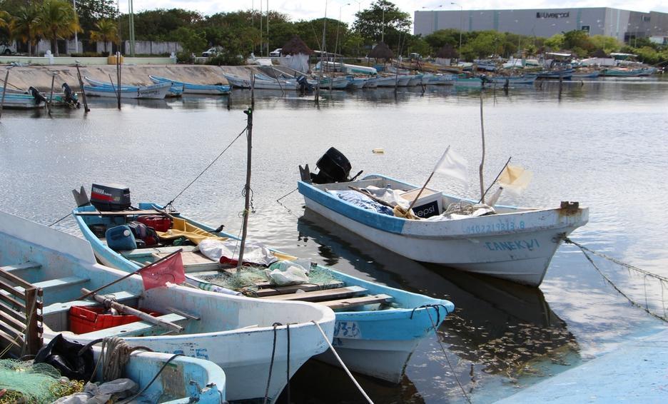 Restringen acceso a pescadores en Yucatán por Covid-19