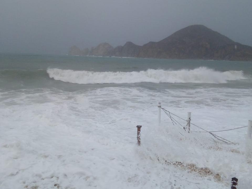 Se reporta fuerte marejada en playa El Médano