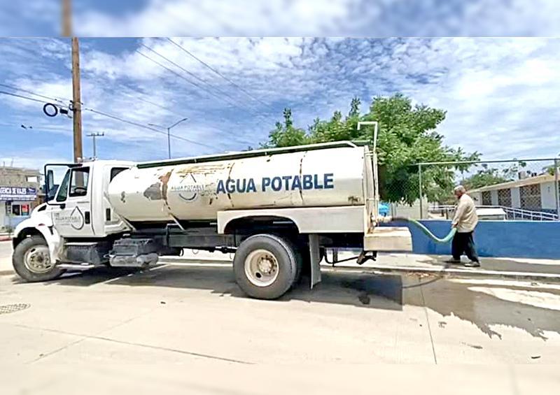 Por tiempo indefinido continuará el apoyo de agua en pipas