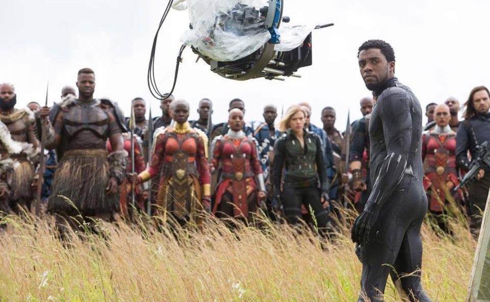 Black Panther en escena de película Avengers