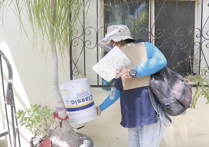Trabajan en colonias para prevenir eldengue