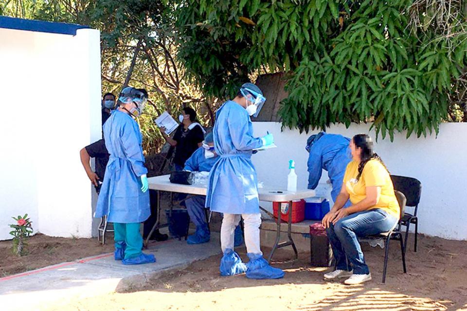 Desarrollan jornada de pruebas Covid en Puerto López Mateos