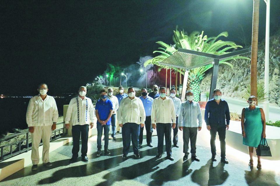 Entrega Gobernador tercera etapa del Malecón