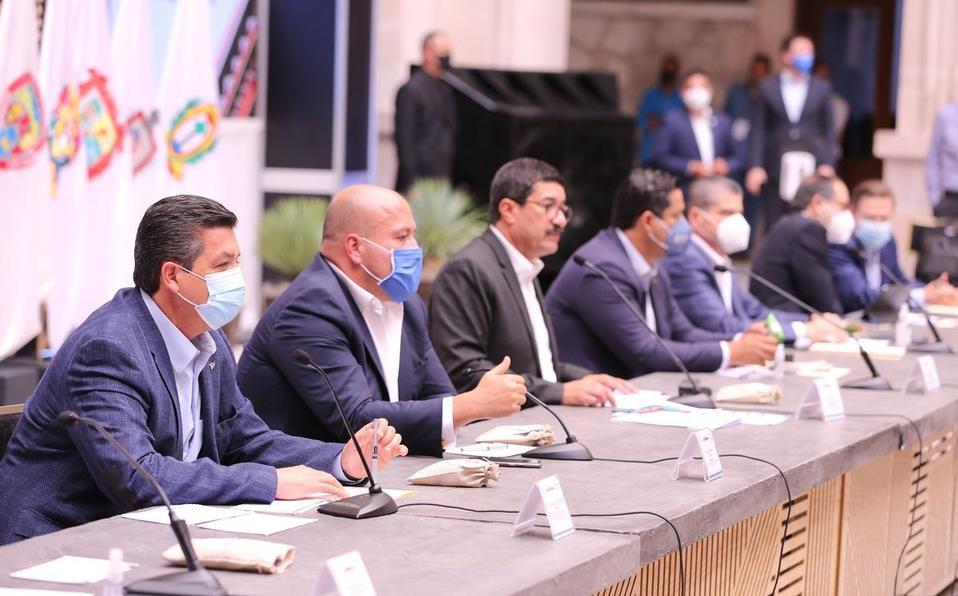 Gobernadores anuncian su salida de la Conago