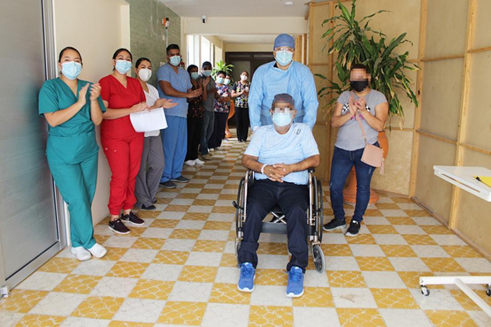 Alta a primeros pacientes en  Unidad Covid  María Luisa