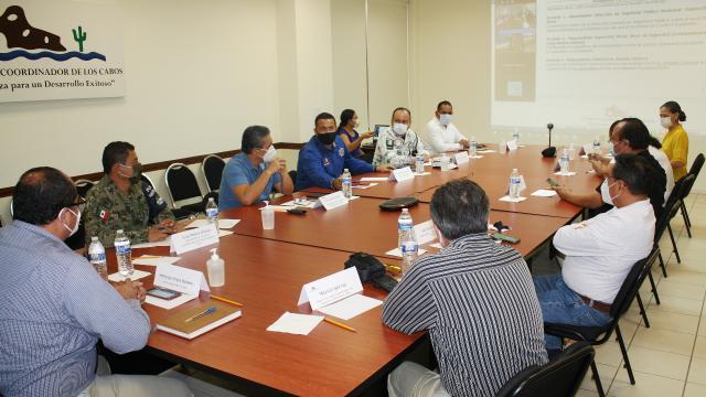 Mesa de seguridad con los tres niveles de gobierno y el sector empresarial local