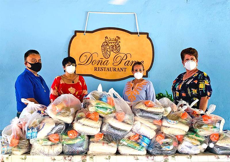 DIF y Sabores de Baja  entregan apoyos a los adultos mayores