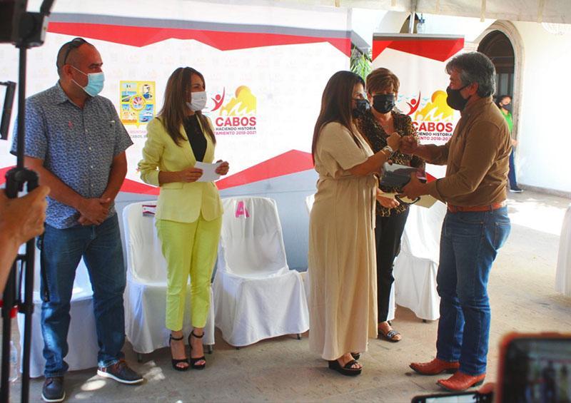 Armida Castro y SNTE en campaña