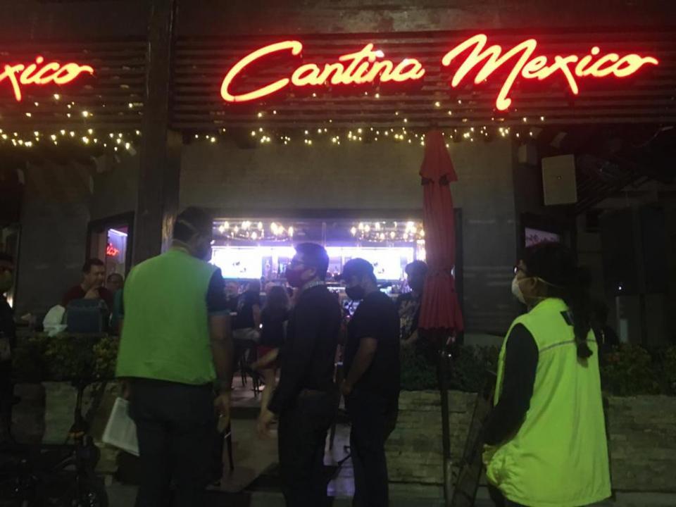 Clausuran restaurante en Los Cabos