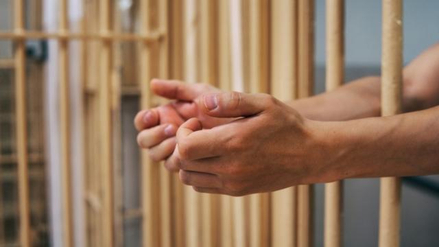 Fallo condenatorio contra sujeto por abuso a menor