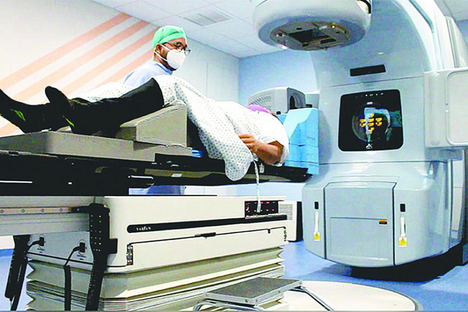 Tratamientos de calidad en Centro Estatal de Oncología